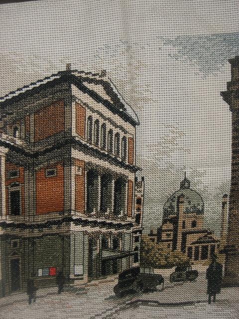 "Вышитая картина  ""Старый город "" ."